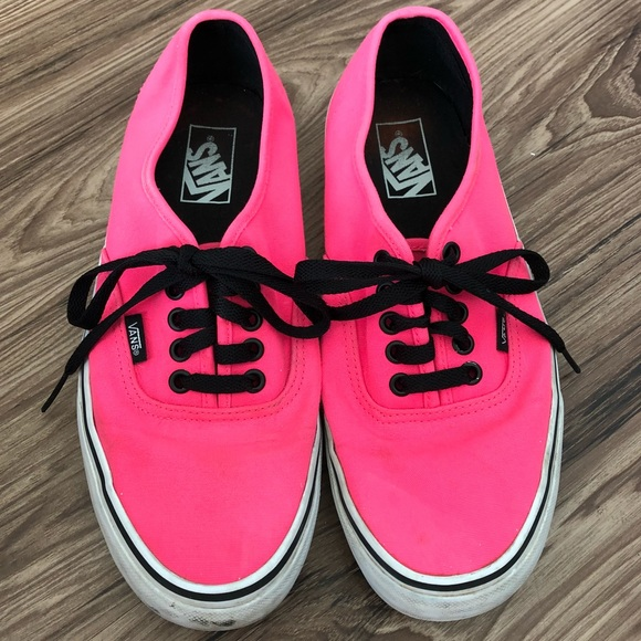 c0f45913b8ec Vans Neon Pink and Black Lace Up Sneakers. M 5b316cac3c98441f4a0e54a3